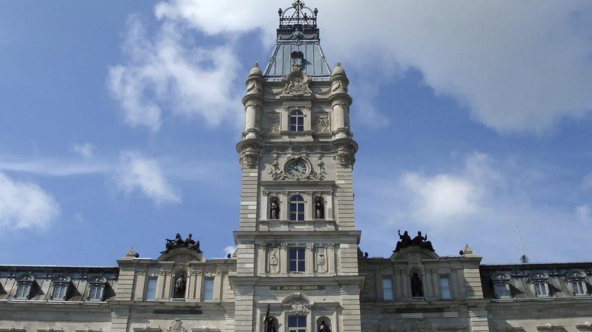 Québec: les minorités visibles boudées par le conseil des ministres