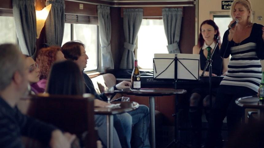 Les New-Yorkais profiteront aussi du wagon piano-bar vers Montréal