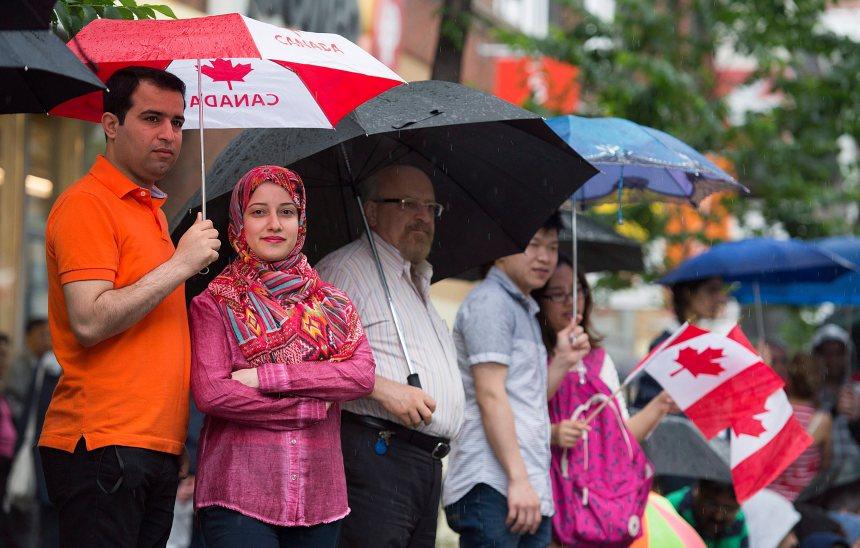 Les Canadiens surévaluent la population musulmane, indique un sondage