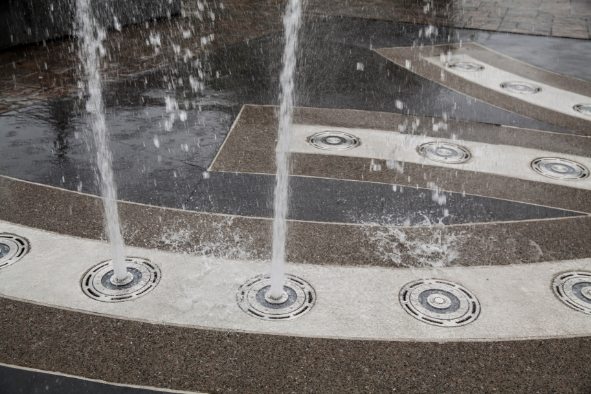 Pointe-aux-Trembles: des millions de litres d'eau «gaspillés» dans des jeux pour enfants