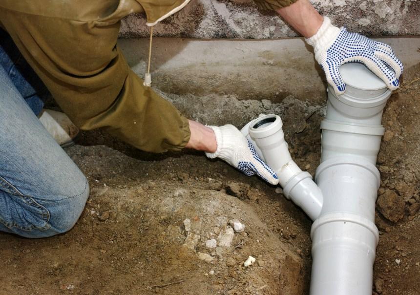 Déversement des eaux usées: des milliers de tuyaux doivent être inversés