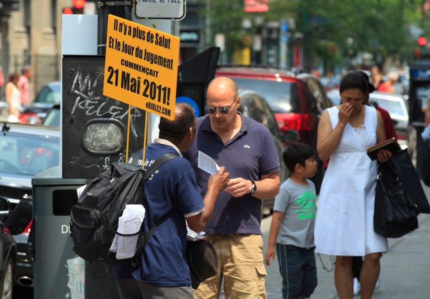 Une secte apocalyptique américaine dans les rues du centre-ville