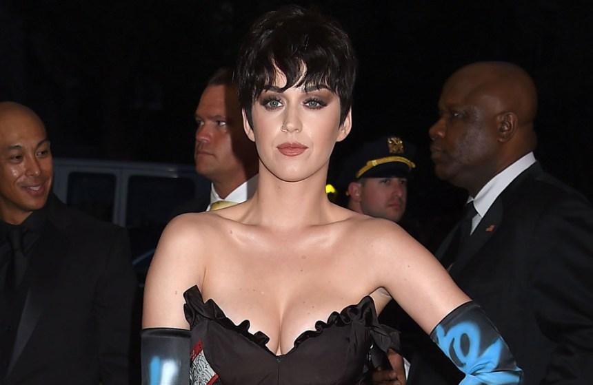 Katy Perry nommée aux Emmy Awards grâce à un requin?