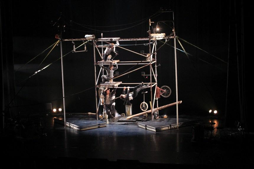 Montréal complètement cirque: une Machine réglée au quart de tour
