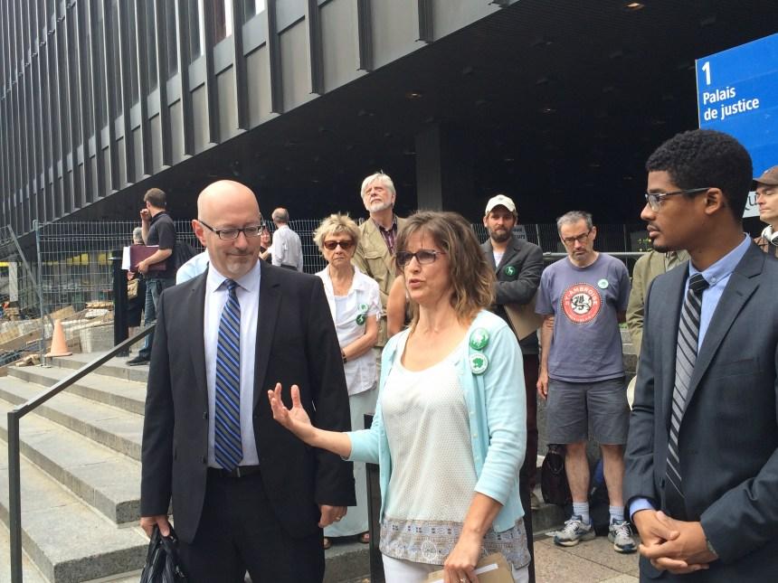 Pierrefonds Ouest: des citoyens se tournent vers les tribunaux