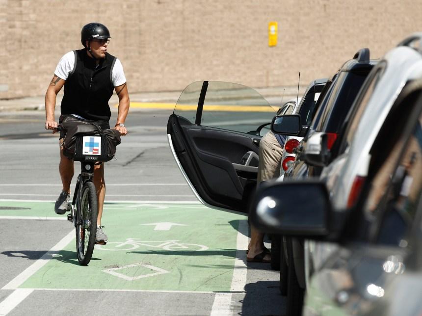 Cyclistes et automobilistes tout aussi délinquants