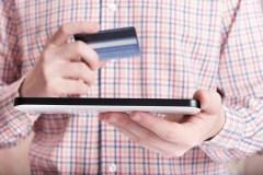 Hausses des transactions Interac et de leur valeur totale