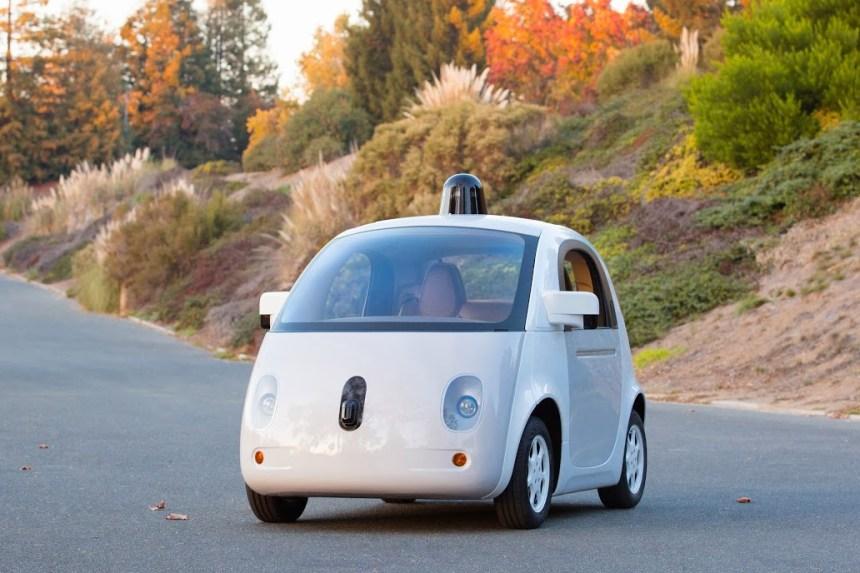 Les véhicules sans chauffeur à la conquête des routes