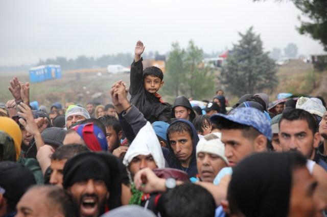 Sept 10 Border into FYROM (Macedonia) ARIE KIEVITCORDAID_2