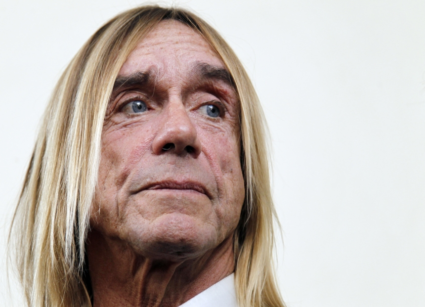 Iggy Pop rejoint Kylie Minogue sur son album de Noël