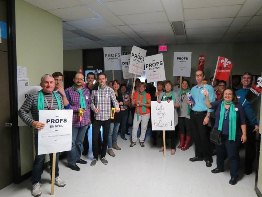 Le mouvement de protestation prend de l'ampleur au cégep