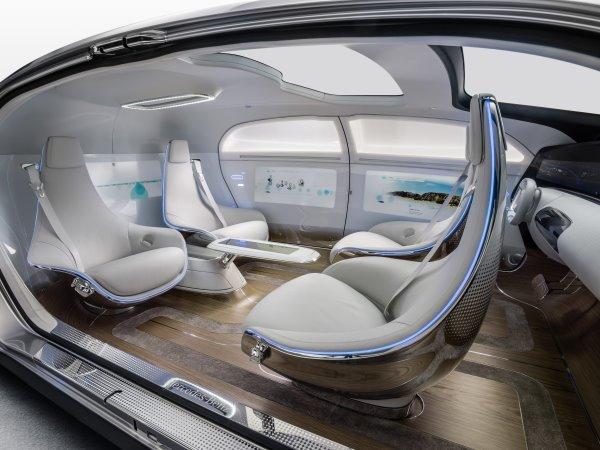La voiture: futur lieu de travail?