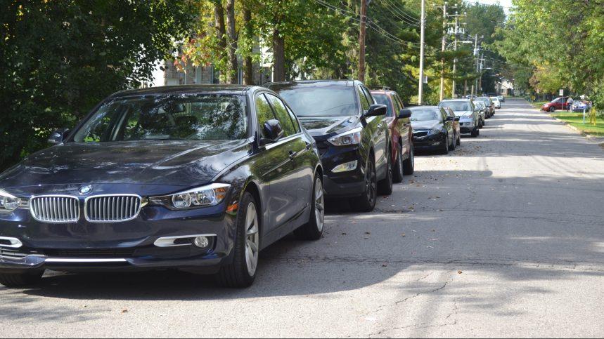 Prix du stationnement: le Plateau s'attaque aux VUS et autres «gros pollueurs»