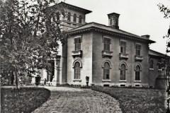 Un château sur l'avenue du Mont-Royal