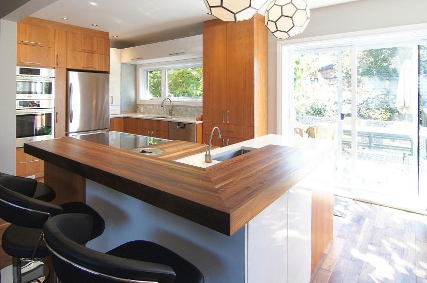 Design de cuisine le comptoir de bois ou bloc de boucher - Photo de cuisine design ...