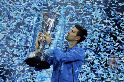 5 choses qu'il manque encore à Djokovic pour égaler Federer