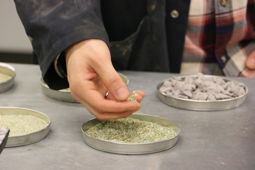 L'ÉTS étudie l'intégration du verre recyclé dans l'asphalte
