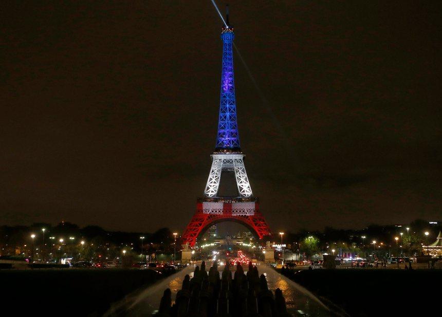 Attentats et reconfinement: des Français remués, même à distance