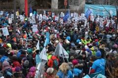 Grève du secteur public: des milliers manifestent à Québec