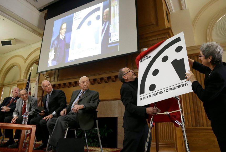 É-U: L'horloge de l'Apocalypse affiche toujours minuit moins trois