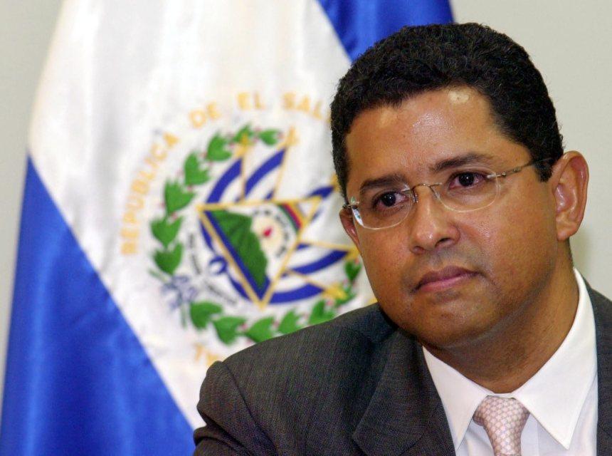 L'ex président du Salvador Francisco Flores décède
