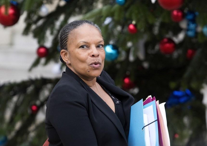 La ministre française de la Justice démissionne sur fond de querelle