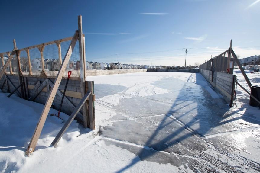Montréal veut lancer un débat sur les patinoires extérieures