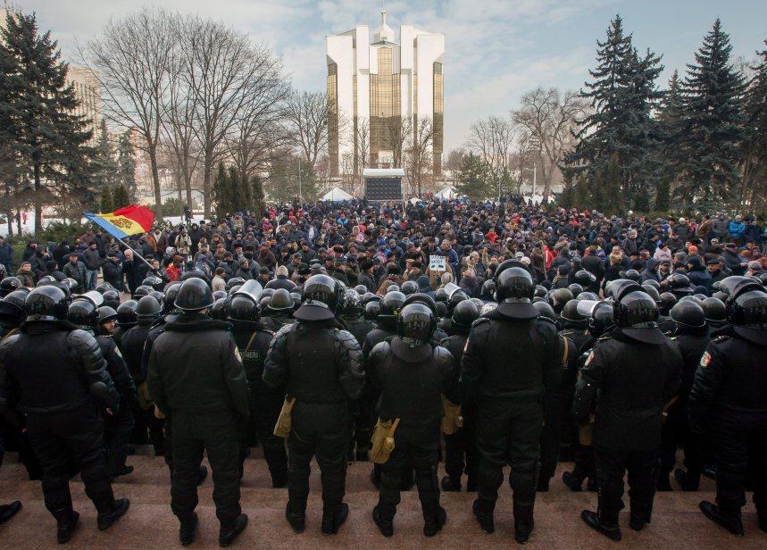 Moldavie: Des élections réclamées