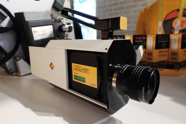 Kodak Super 8 Camera: attention au portefeuille! (CES 2016)