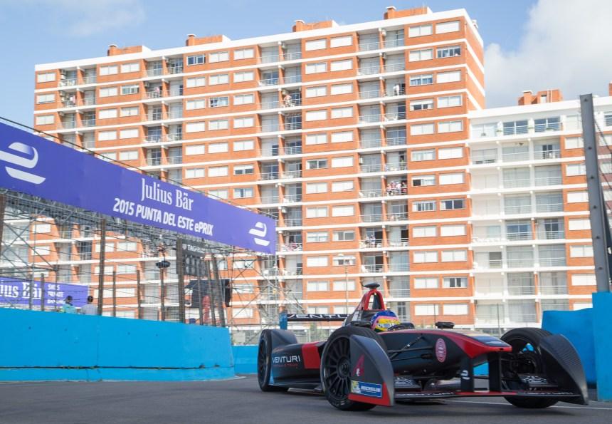 Formule E: Villeneuve n'aura fait que passer