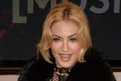 Manille veut interdire Madonna pour avoir «manqué de respect» au drapeau