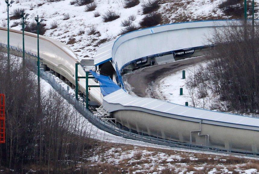 Deux personnes meurent après un accident sur une piste de bobsleigh à Calgary