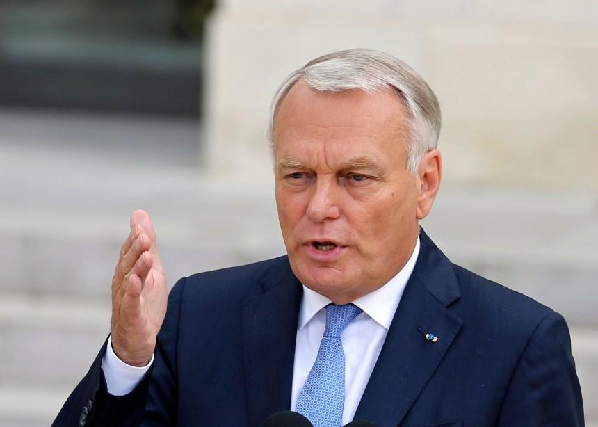 Ayrault est nommé ministre français des Affaires étrangères