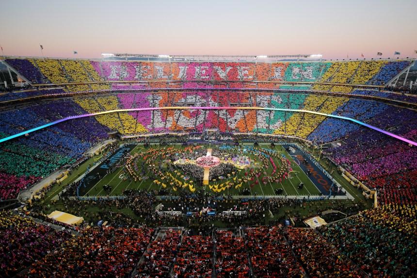 En images: Une mi-temps du Super Bowl qui fait pop