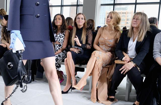 Pourquoi Blake Lively aurait dû décroiser ses jambes lors d'un défilé de mode