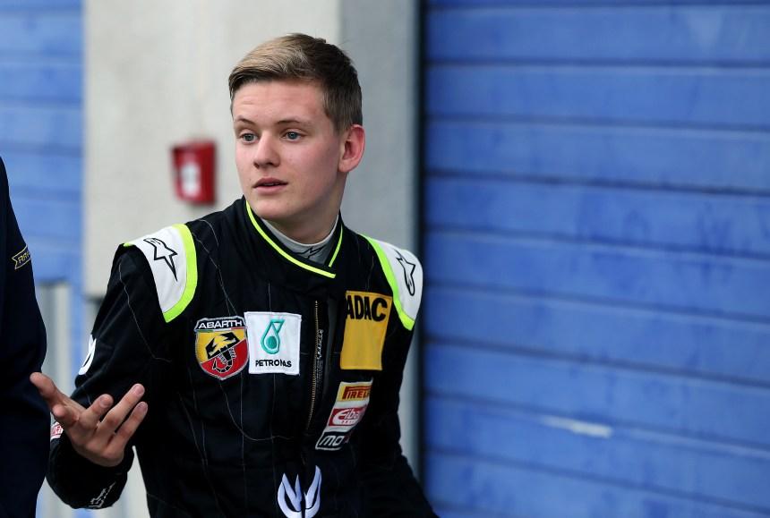 Le fils de Michael Schumacher triomphe en F3