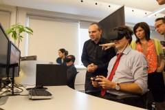 Justin Trudeau expérimente la réalité virtuelle