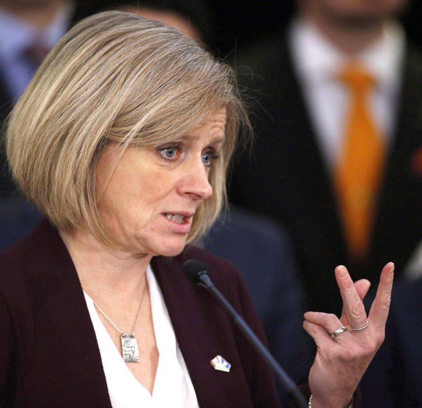 Accès illimité des médias aux conférences de presse, annonce l'Alberta