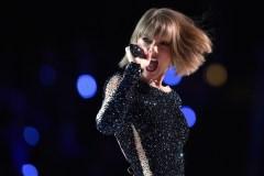 Taylor Swift remet Kanye West à sa place pendant son discours des Grammys