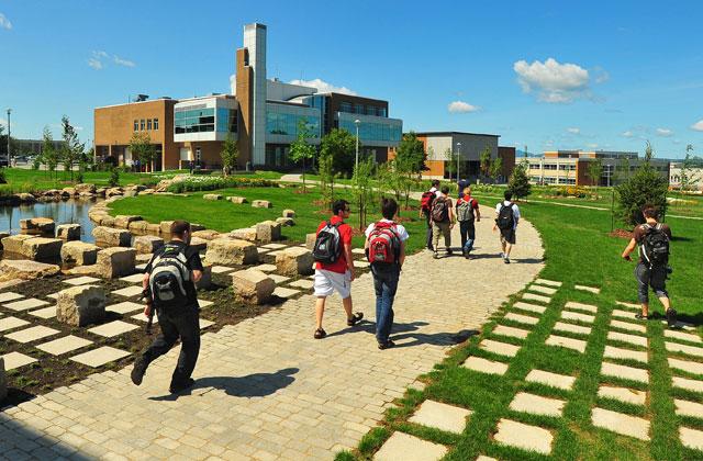 L'Université de Sherbrooke porte bien son VERT