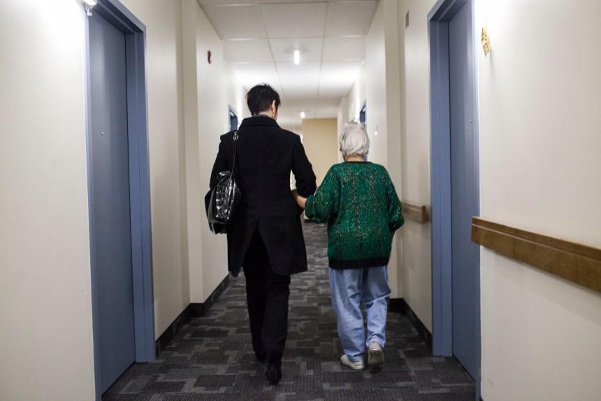 Première au Canada: une équipe d'hospitalisation à domicile pour les aînés