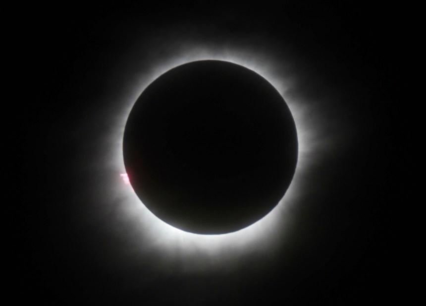 En photos: des images époustouflantes de l'éclipse solaire