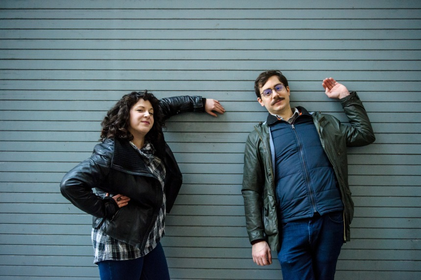 Sasha Manoli et Steve Patrick Adams: Enfants de l'humour