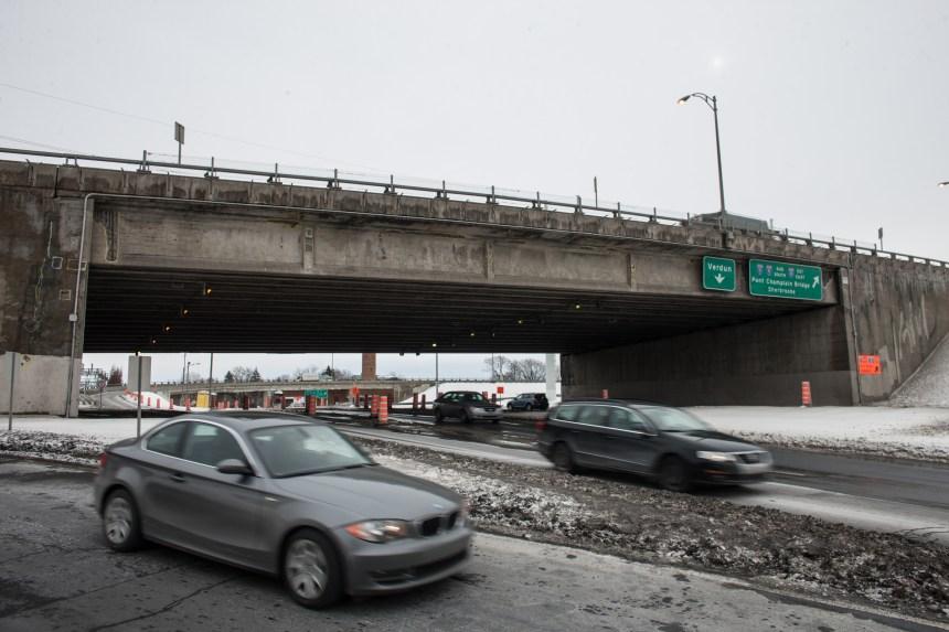 Routes: Québec prévoit investir 4,7 G $ d'ici 2018
