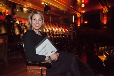 Vicky Scalia de L'Intervalle a accepté le prix de Commerce de l'année pour sa griffe de chaussures, démarrée en mars 2015.
