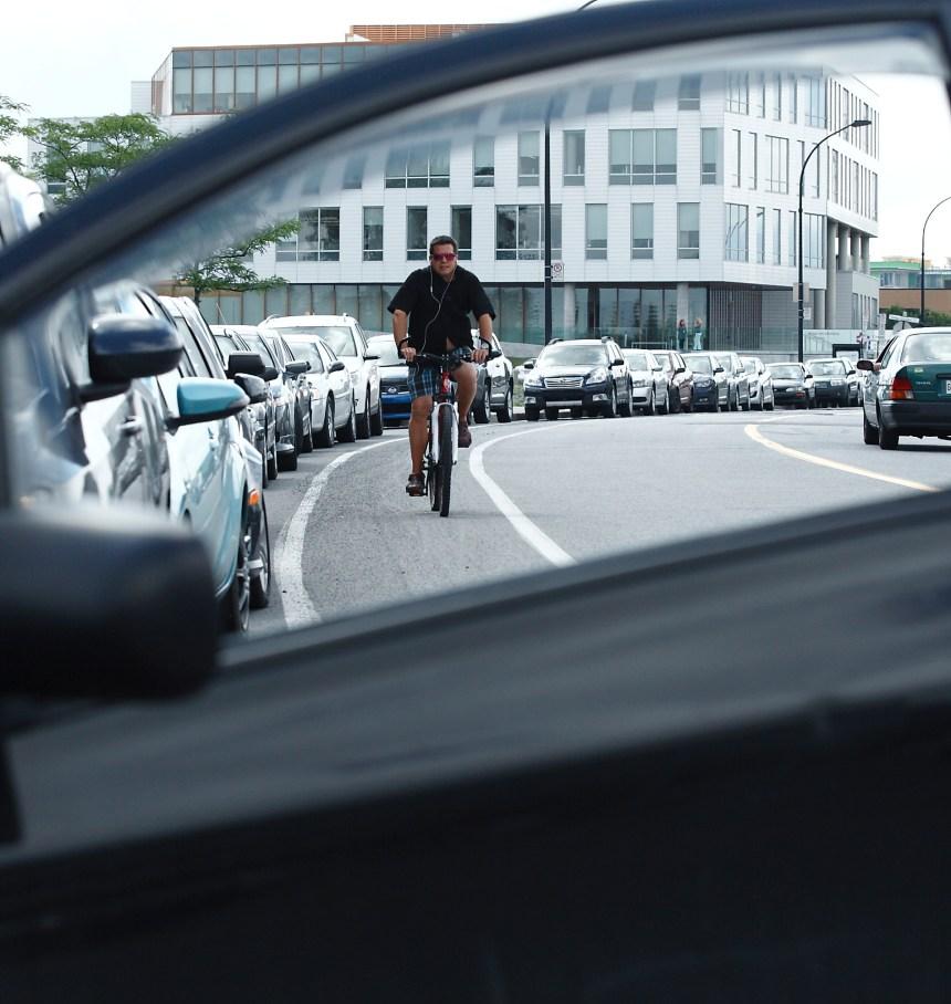 Un code de la route vétuste, dénoncent des cyclistes
