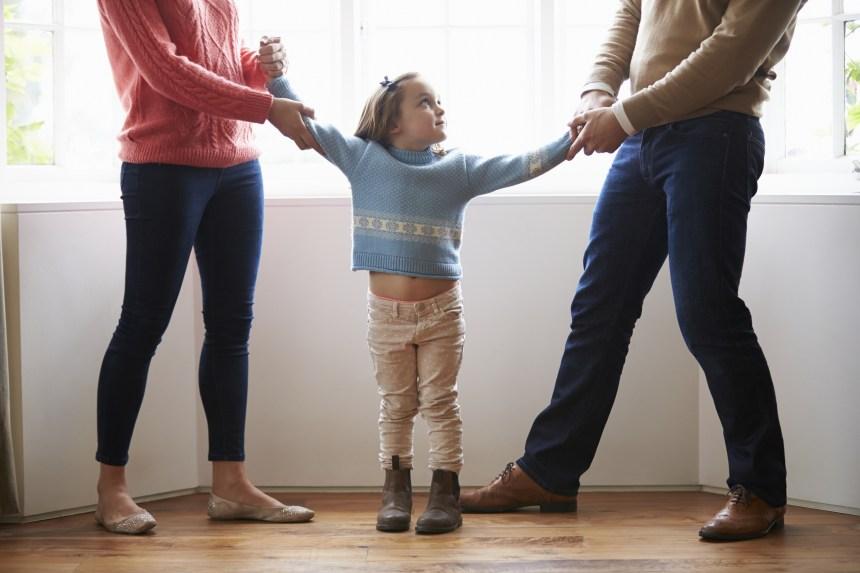 L'allocation pour enfants nuirait aux divorcés, selon les conservateurs