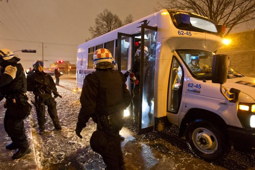 Montréal-Nord: la Fraternité des policiers dénonce les ordres reçus