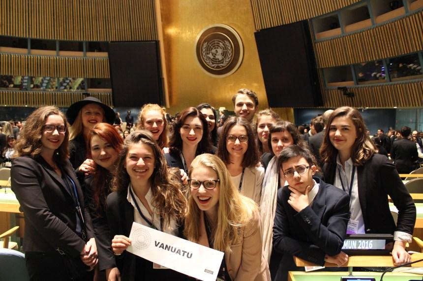 Simulation de l'ONU: mention honorable pour le cégep Saint-Laurent