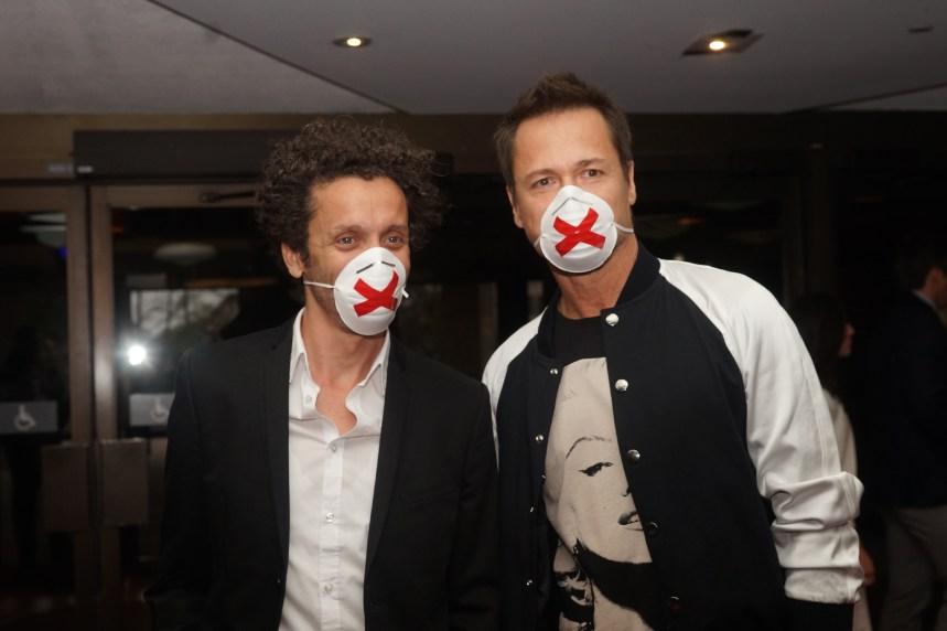 Gala Les Olivier 2016: Les humoristes arrivent masqués en appui à Mike Ward et Guy Nantel